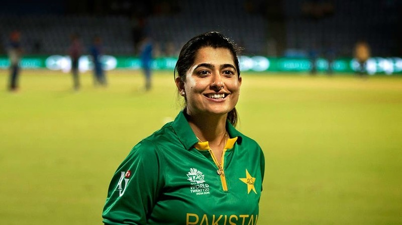 top most beautiful women cricketers sana mir