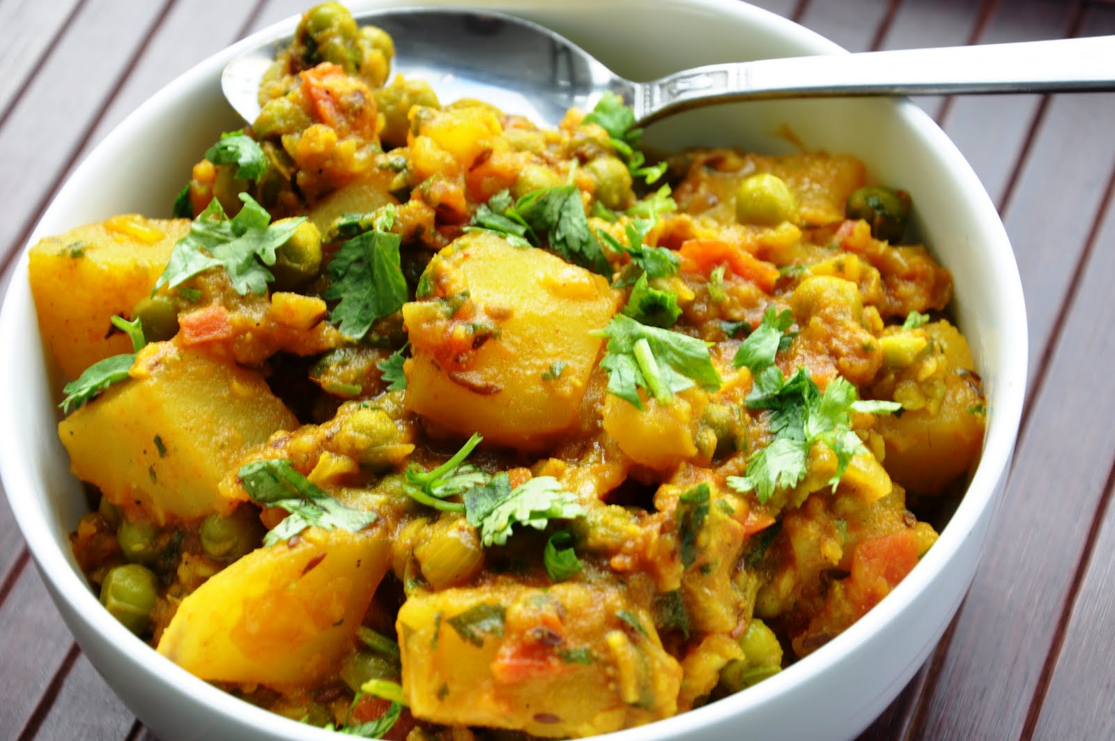 Top 10 Dinner in Indian Recipes, Aloo Matar