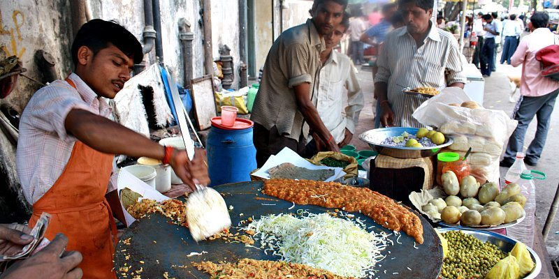 10 best street foods in Mumbai, Bhel Puri