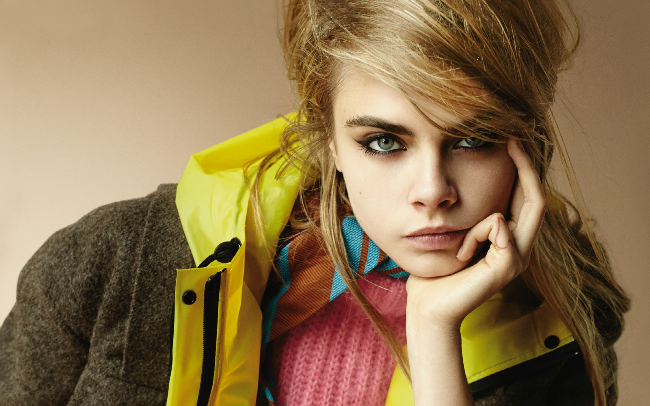 Top 10 beautiful women in the World, Cara Delevinge