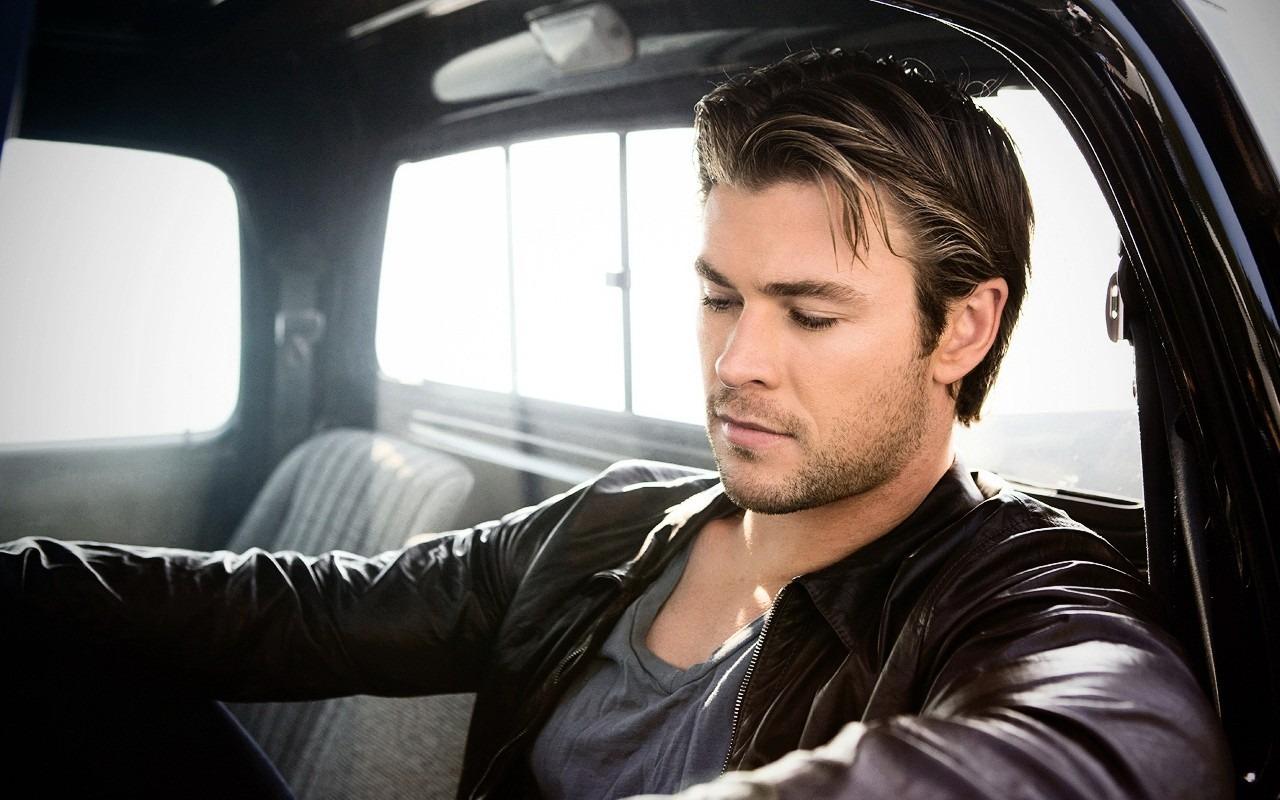 richest actors in the world 2020 Chris Hemsworth