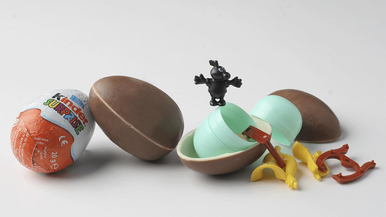 Top 10 foods that are banned across the world, kinder eggs