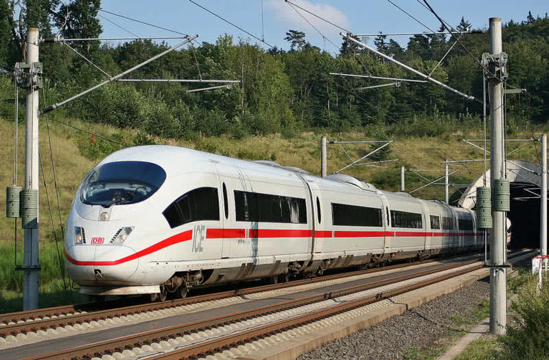 fastest train Spain ,high speed train Spain,Spain high speed train ,world fastest train Spain