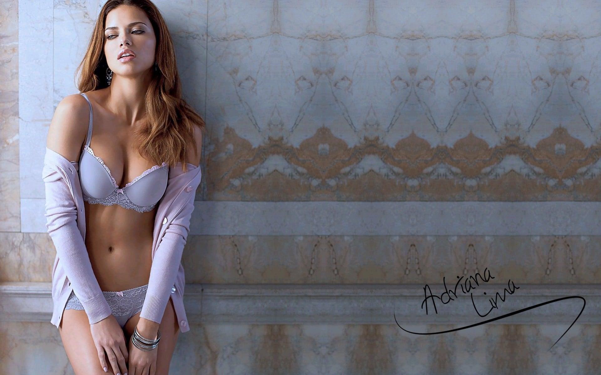 Top 10 beautiful women in the World, Adriana lima