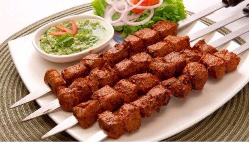 Top 10 Food Items to Try in Hyderabad