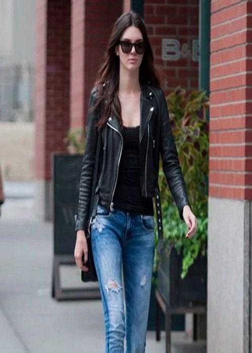 Top 5 Hollywood Celebrity Wore Stylish Leather Jacket