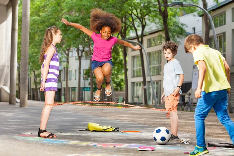 Back to the Basics: 10 Benefits of Outdoor Play